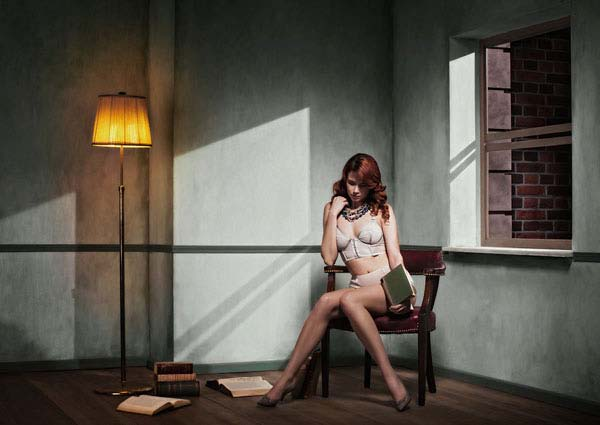 © YORAM ROTH, READING AND WAITING, LATE INTO THE NIGHT