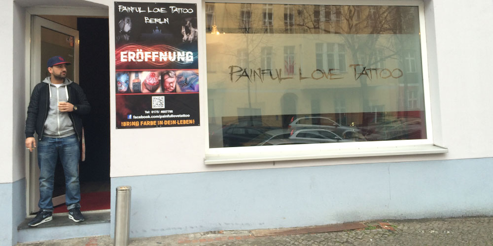 Berlinspiriert-Lifestyle-Tattoopflege-mit-Tyrosur-Wundheilgel-painful-love