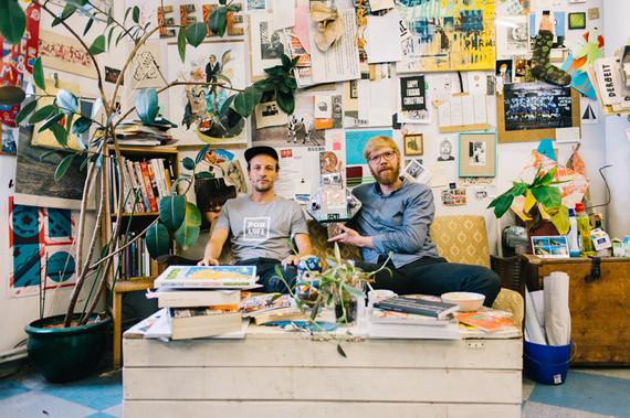 Das Kreuzberger Kreativ-Duo 44flavours-Sebastian Bagge-(links) und Julio Rölle-Fotorechte-by-Nikita-Teryoshin-2016-Airbnb-Inc.
